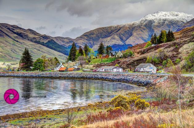 Scottish Highland Village Carn Gorm, Kintail, Loch Duich, A' Ghlas-bheinn, Morvich