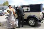 Bridesmaid arriving at Landmark Hotel Dundee