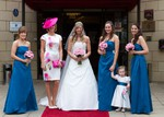 Bride and bridesmaids at Woodlands Hotel, Broughty Ferry, Dundee